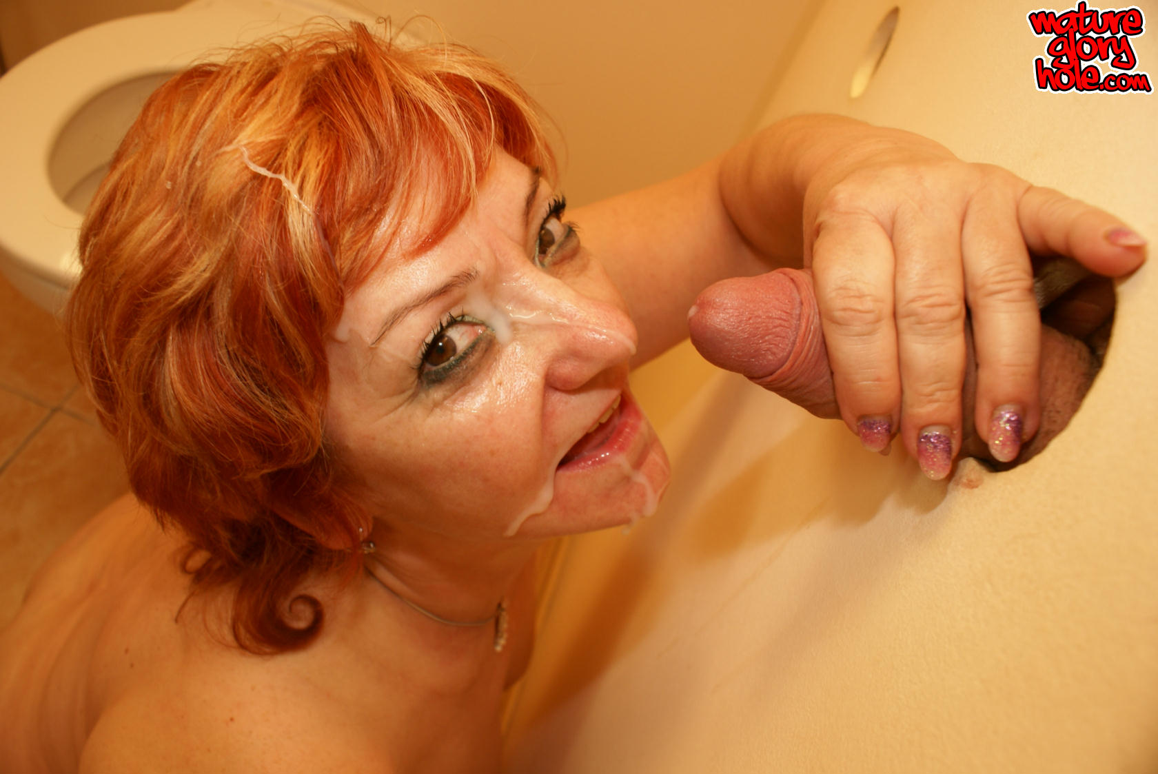 Mature sandy-haired thirsty for pecker